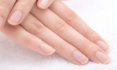 4 tips and tricks to fix a cracked nail at home