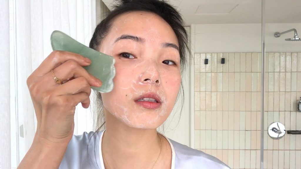 Use Gua Sha Like A Pro: Beginner's Guide to Facial Pressure Points